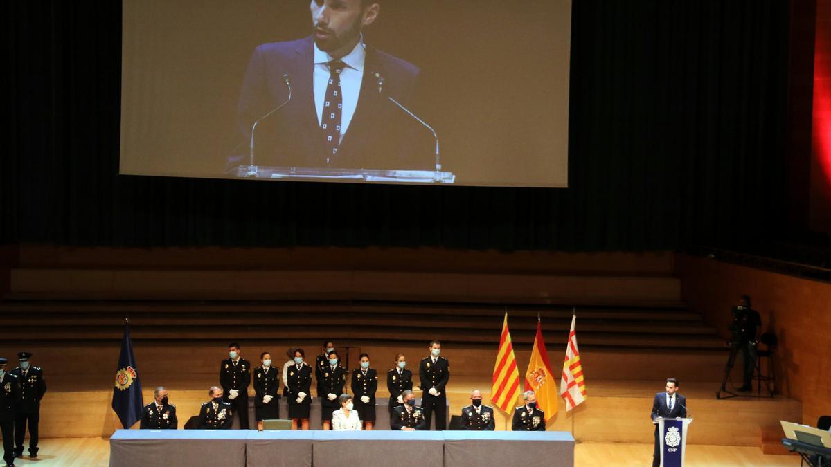 Pérez Ruíz, durante la entrega de condecoraciones de la Policía