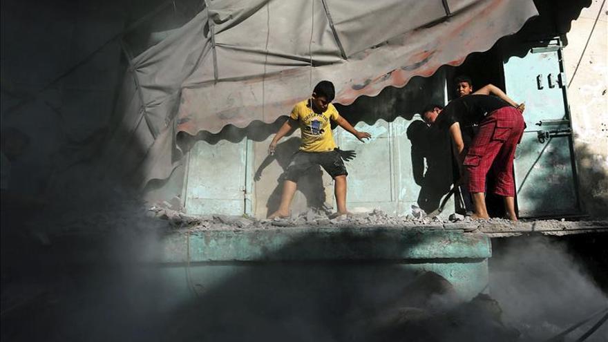 Mueren 9 palestinos de una misma familia, 7 de ellos niños, en un ataque israelí en el sur de Gaza