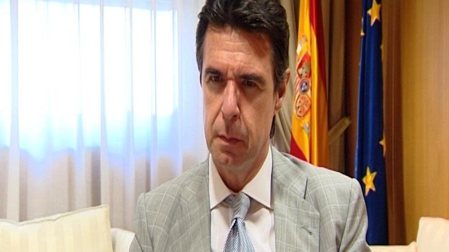 """Soria pedirá a las petroleras que """"arrimen el hombro"""" para afrontar la crisis"""