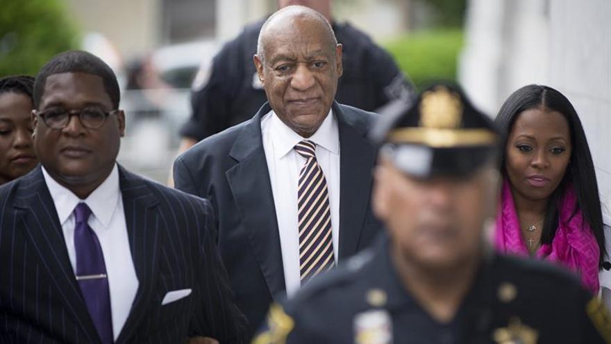 El jurado del caso Bill Cosby comienza sus deliberaciones