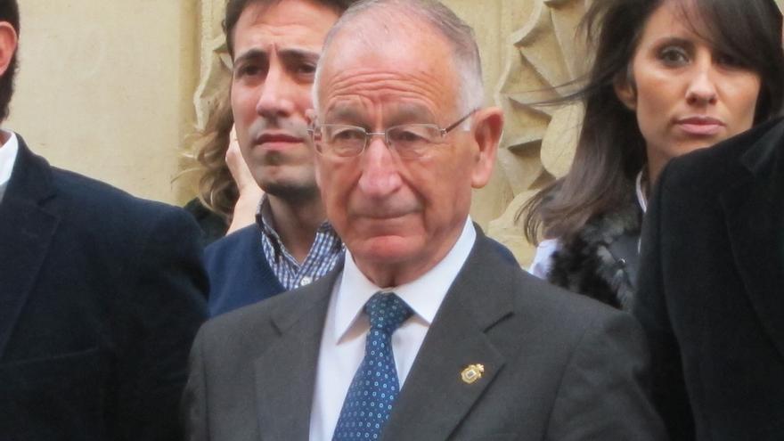 """El presiden del PP de Almería, Gabriel Amat, sopesa su continuidad: """"Tengo derecho a disfrutar un poco de mi familia"""""""