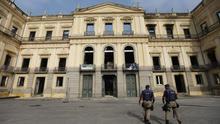 Hallan el cráneo más antiguo de Sudamérica en los escombros del museo incendiado en Río de Janeiro