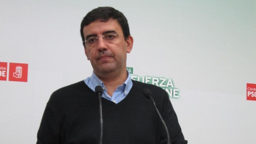 """Mario Jiménez (PSOE-A) dice que el BOE ha dado tiempo a los alcaldes y parlamentarios del PP-A a hacer el """"ridículo"""""""