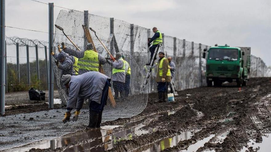 Hungría cree que los últimos atentados confirman su política contra la migración