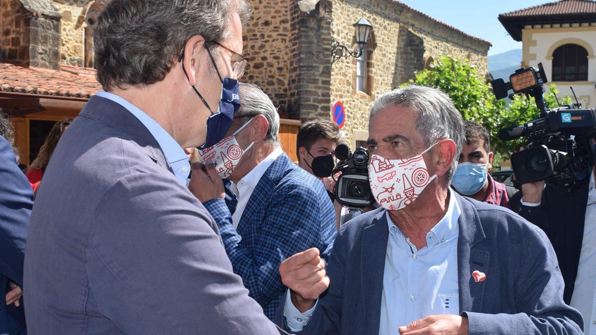 Miguel Ángel Revilla y Alberto Núñez Feijoo, este viernes en Potes