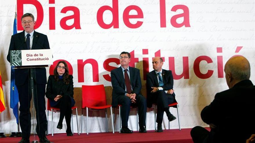 """Ximo Puig: """"Defender la Constitución hoy, es defender su reforma"""""""