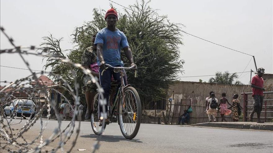 EE.UU. alerta a sus ciudadanos contra viajar o permanecer en Burundi por la crisis