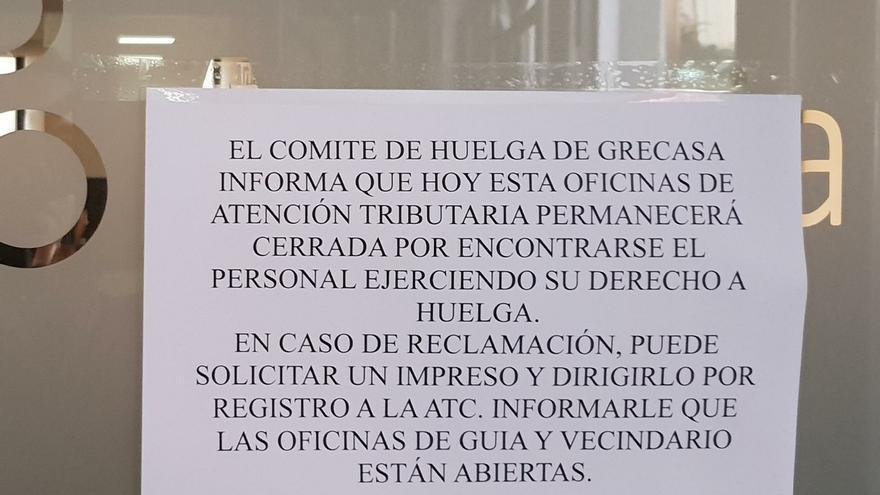 Siete de las ocho oficinas que gestiona Grecasa permanecen cerradas por el paro secundado por el 90% de la plantilla