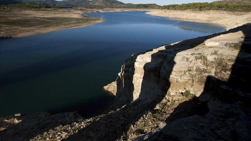 Los pantanos de Entrepeñas y Buendía, al límite de la reserva mínima que impide trasvasar