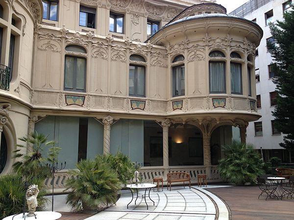 vista-galeria-palacio-longoria-desde-jardin