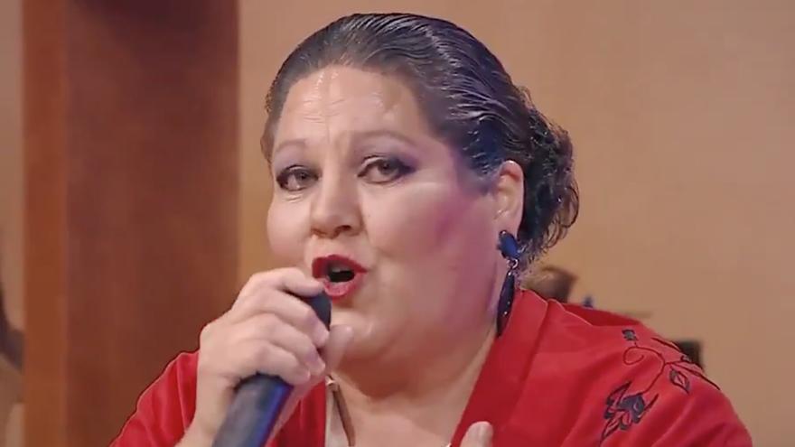 Rosa Delia Nuez, denominada 'la Pantoja de Canarias', durante el programa 'Buenos Días Canarias'.