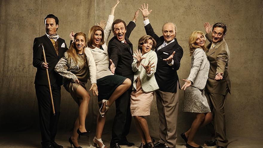 Los miembros de la realeza del programa Polònia abandonan la televisión para dirigirse al Teatre Victòria de Barcelona