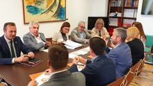 Reunión de las comisiones negociadoras del PRC y Ciudadanos.