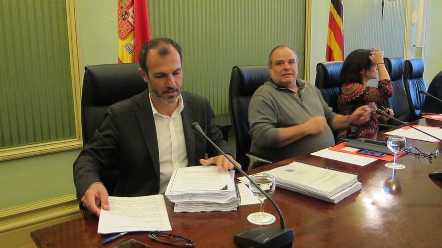 """El PP intentará reprobar a Barceló por los contratos de MÉS y PSIB le acusa de """"tapar noticias de corrupción"""""""