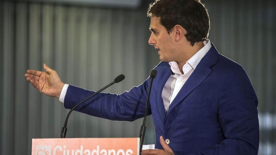 Ciudadanos insiste en primarias como condición para negociar con PP y PSOE