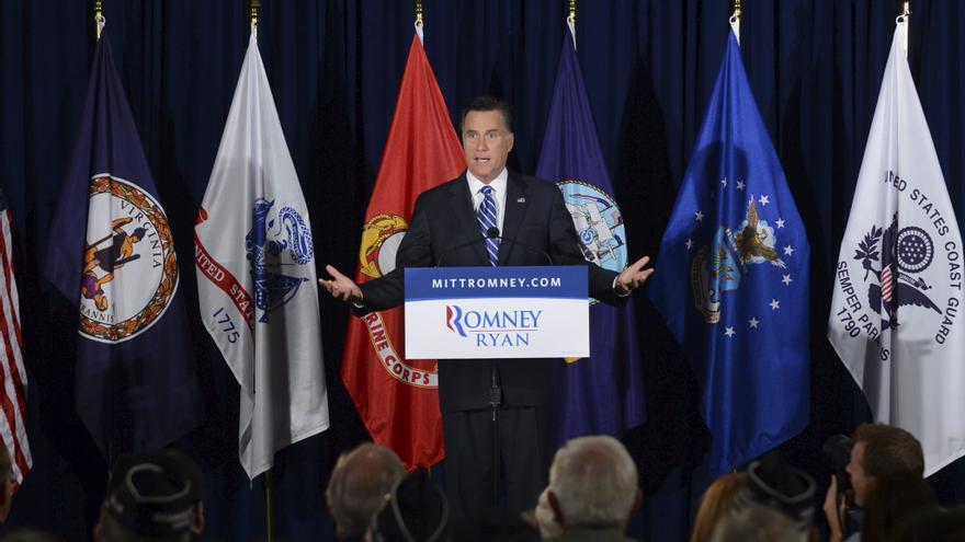 Romney carga contra Obama por su temor a liderar en política exterior