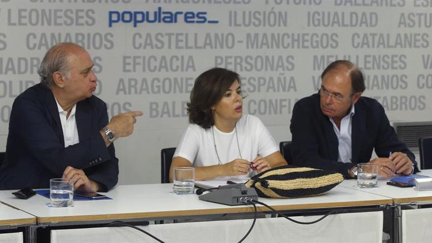 El PP reafirma el liderazgo de Rajoy y pide a Sánchez deje el personalismo