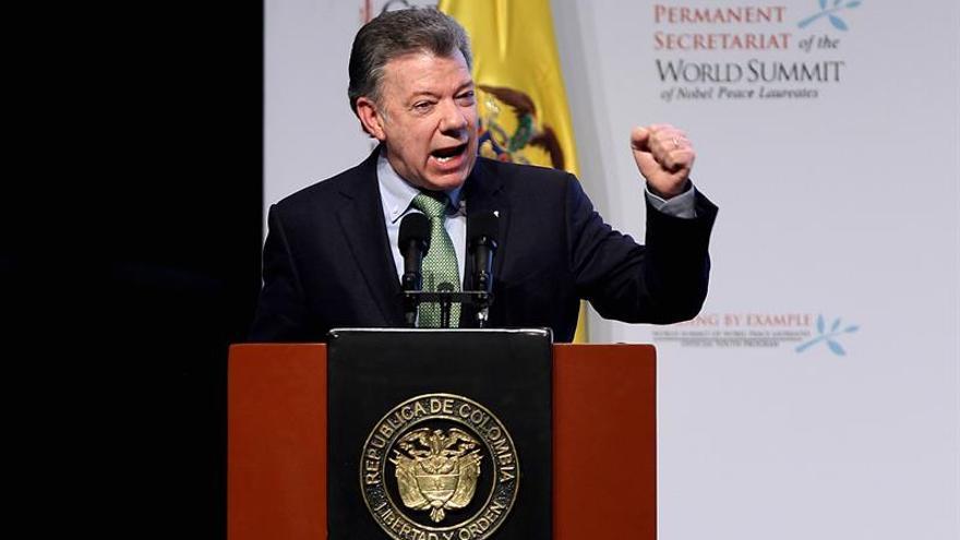 El Constitucional colombiano blinda el acuerdo de paz con las FARC por doce años