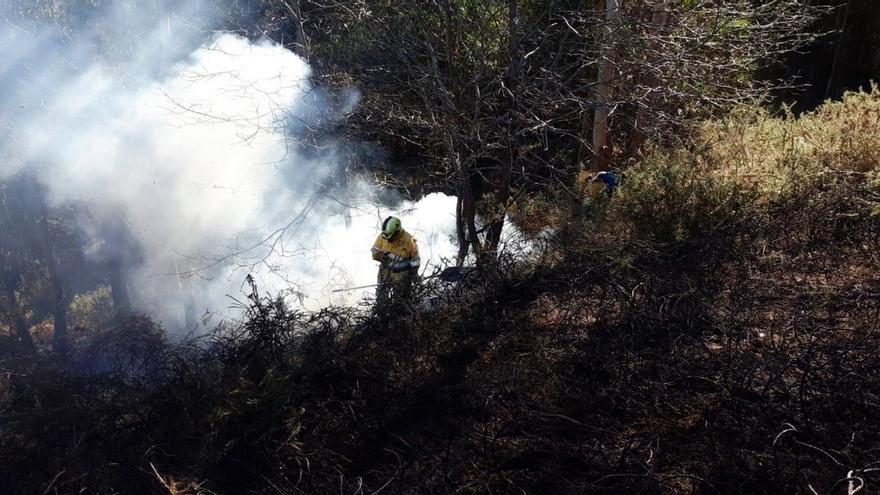 Cantabria activa el nivel 2 contra incendios forestales en 7 comarcas por altas tempertauras