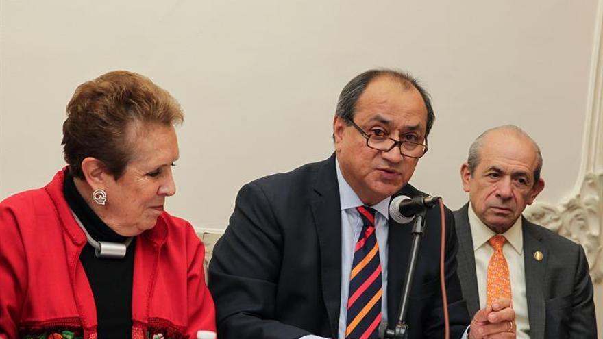 Ateneo Español en México refrenda compromiso de difundir memoria del exilio