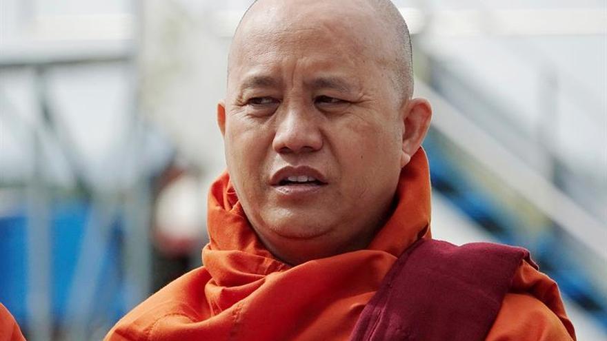 Detenido un prominente periodista birmano tras criticar a un monje ultra