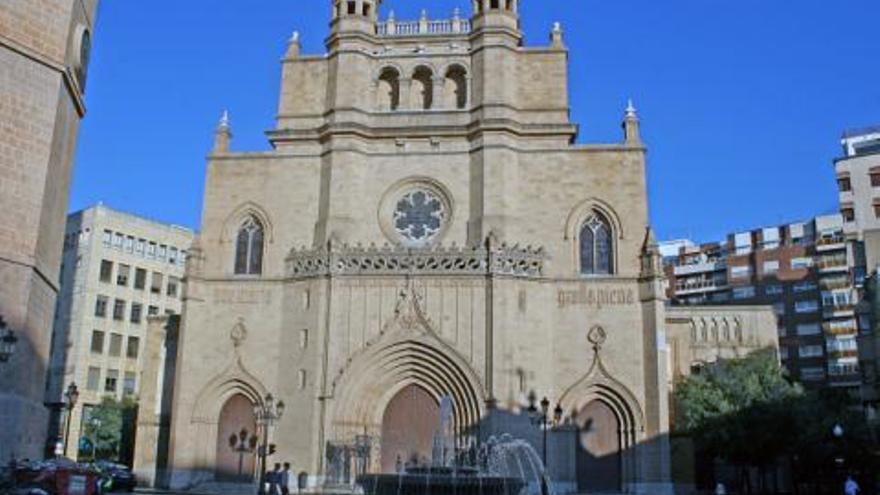 La concatedral de Santa María cuenta con una de las parroquias más activas de Castellón