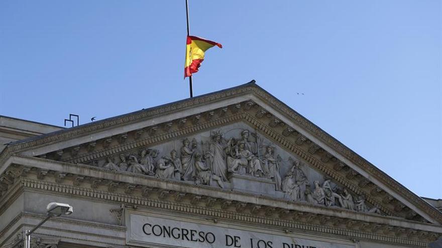 España guardará un minuto de silencio al mediodía en condena por el atentado