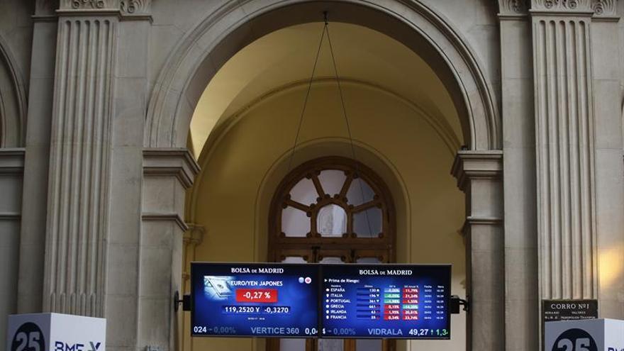 La prima de riesgo sube a 142 puntos por el repunte del bono a diez años