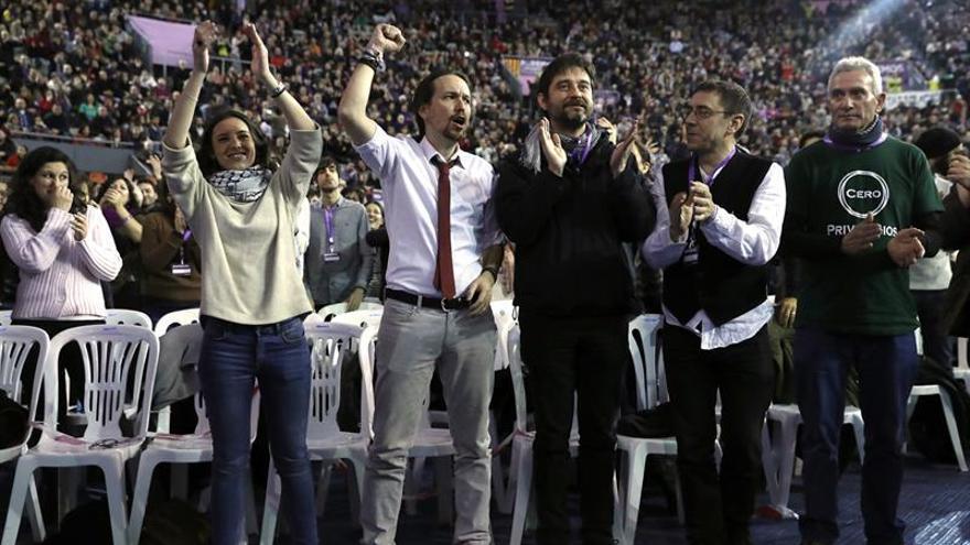 "Echenique dice que hace falta ""movimiento popular"" e ""inteligencia colectiva"" en Podemos"