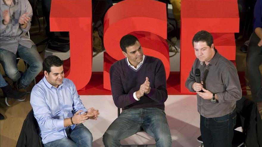 El PSOE impulsa una iniciativa que refuerza el trabajo de los voluntarios en sus sedes