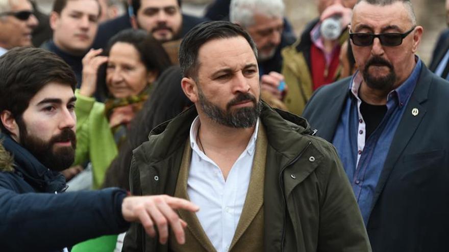 Abascal abre la campaña en la madrileña plaza de Colón
