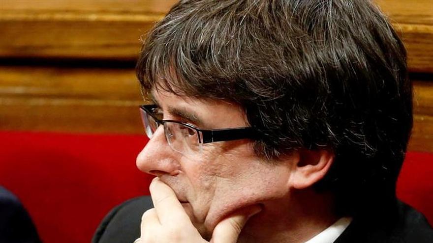 """Sectores de la CUP hablan de """"traición inadmisible"""" del president Puigdemont"""