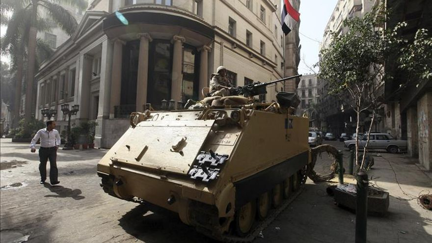 Tribunal egipcio ordena poner fin al toque de queda y al estado de emergencia