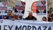 La oposición fuerza al PP a reformar la 'ley mordaza'