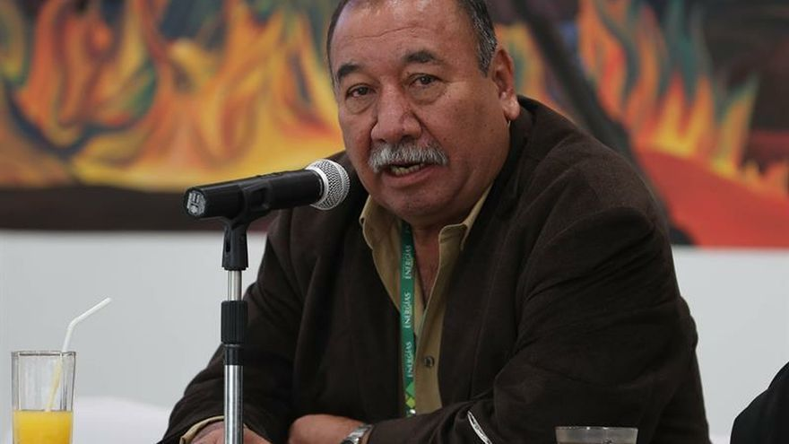 """El viceministro de Altas Tecnologías de Bolivia, Luis Ferrufino, fue registrado este martes, durante una rueda de prensa, en La Paz (Bolivia), donde afirmó que su país buscará una """"solución amigable"""" con la firma alemana ACI Systems, que iba a explotar litio en el salar boliviano de Uyuni."""