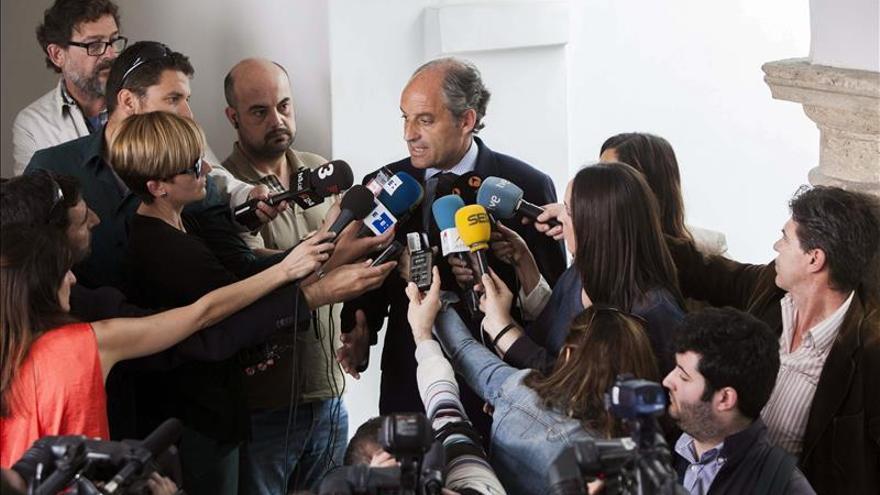 Camps afirma que la Generalitat ha actuado siempre bajo el imperio de la ley