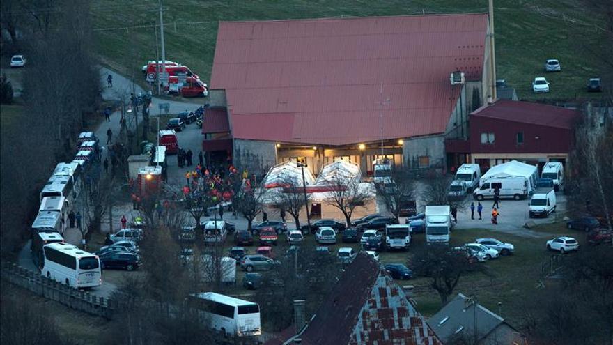 Todo listo para un nuevo rastreo de los restos del airbus de Germanwings