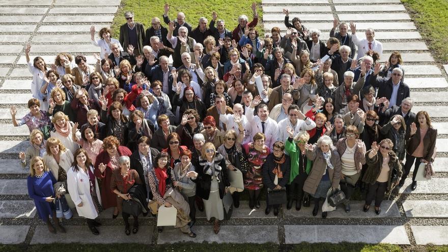 Profesionales jubilados crearán la Asociación de Antiguos Trabajadores de Valdecilla