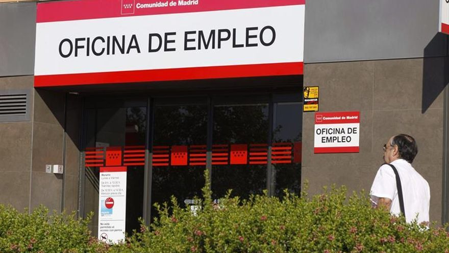 El empleo sube en 469.900 personas entre abril y junio, hasta los 19,3 millones