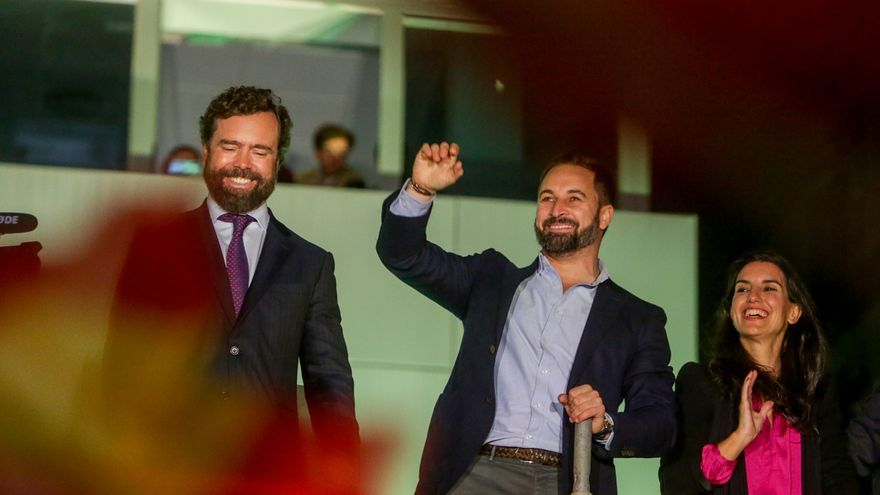 Abascal revalida sin rivales su liderazgo en Vox, centralizando el poder en los órganos nacionales del partido