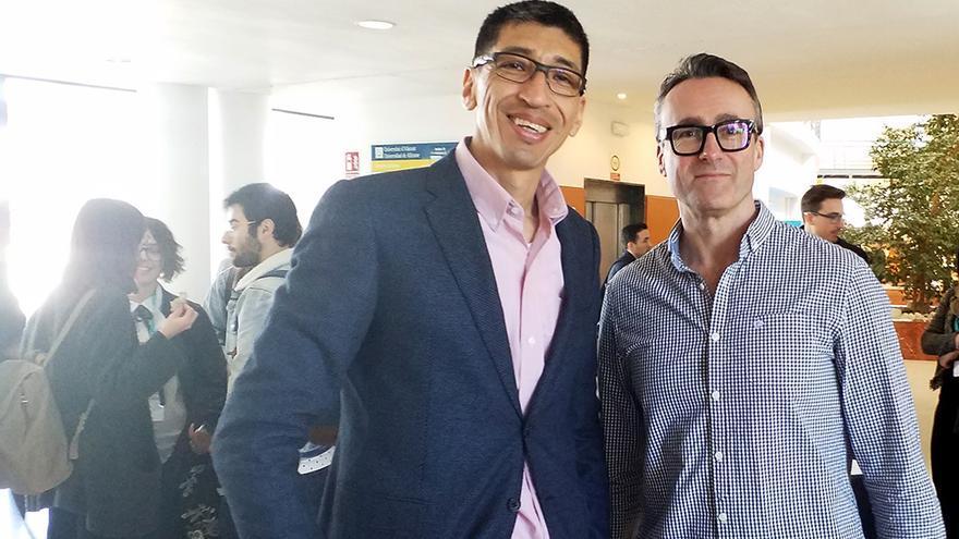 Los doctores Juan Fernández y Laurent Bannock.