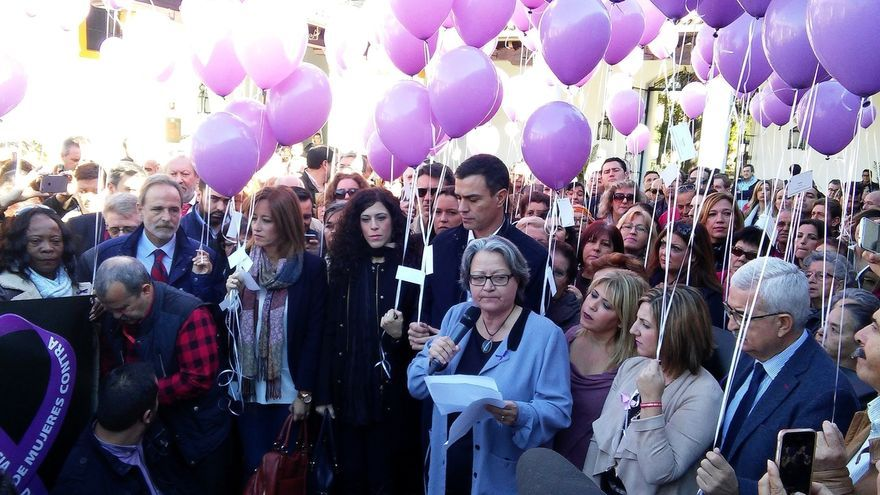"""Sánchez dice que la Igualdad es """"la patria"""" del PSOE y anuncia una Ley de Igualdad Salarial y otra de cuotas"""