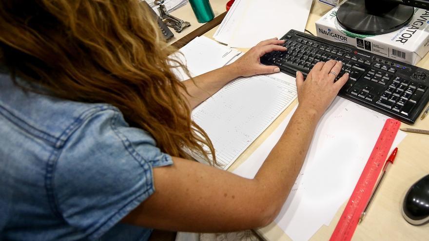 La brecha salarial entre hombres y mujeres en Andalucía se sitúa en 24,4% y aumenta en menores de 25 años, según UGT