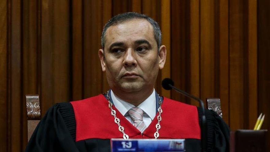 EE.UU. impone sanciones al presidente del Supremo venezolano y a otros siete jueces
