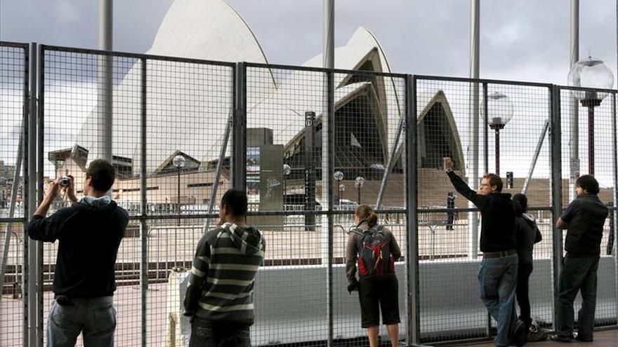 Australia busca impedir explotación de jóvenes turistas con trabajo temporal