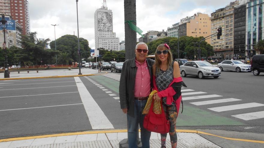 Luis León Barreto y Rosario Valcárcel, en Buenos Aires