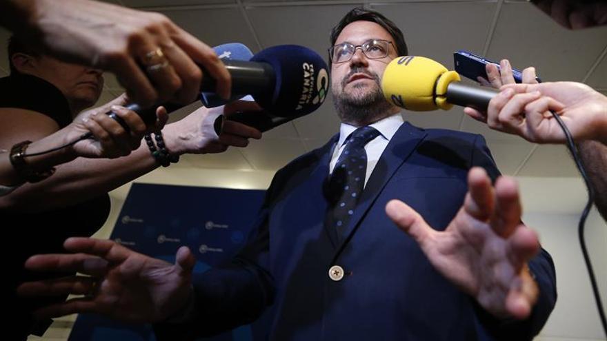 El presidente del Partido Popular de Canarias, Asier Antona, tras la reunión mantenida con Pablo Casado en la sede de la calle Génova en Madrid