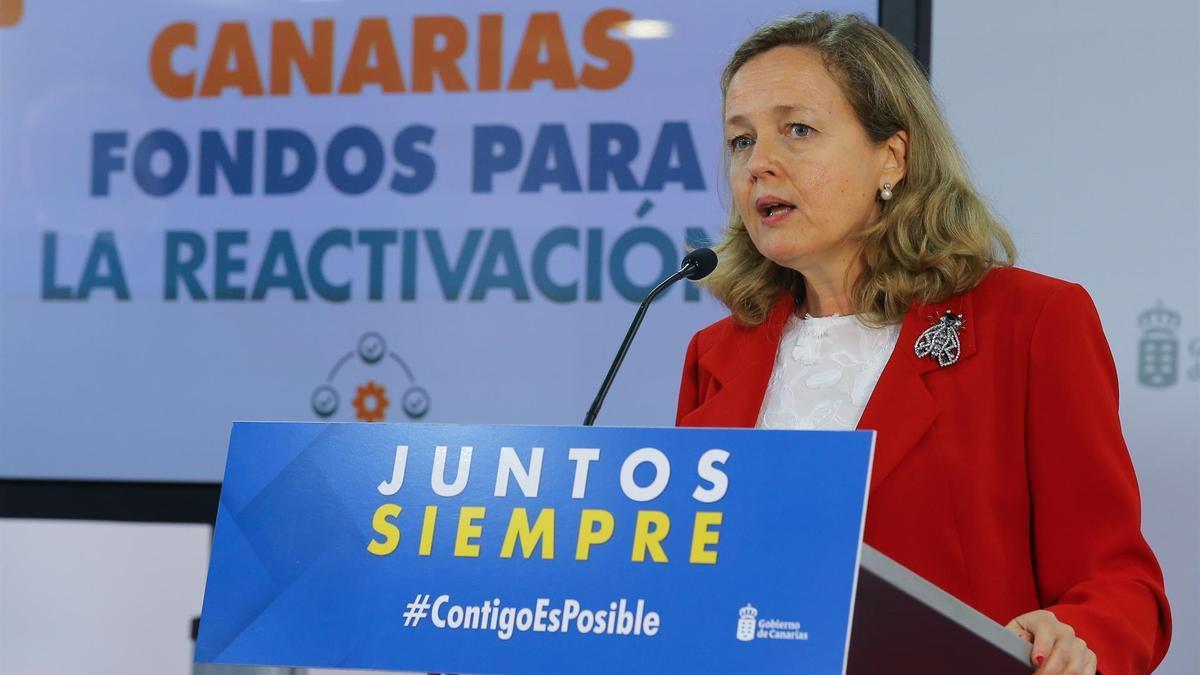 La vicepresidenta segunda y ministra de Asuntos Económicos y Transformación Digital, Nadia Calviño, en su visita a Gran Canaria