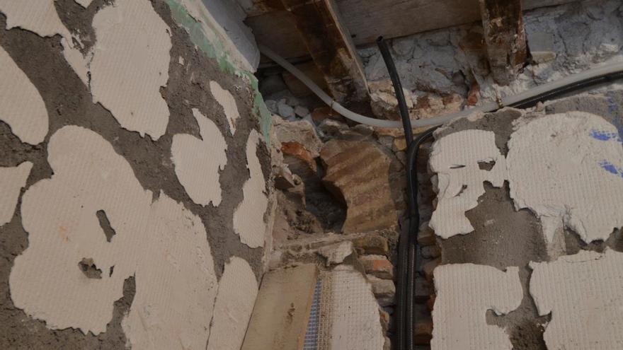 Arco lobulado descubierto en la panadería / Ayuntamiento de Toledo