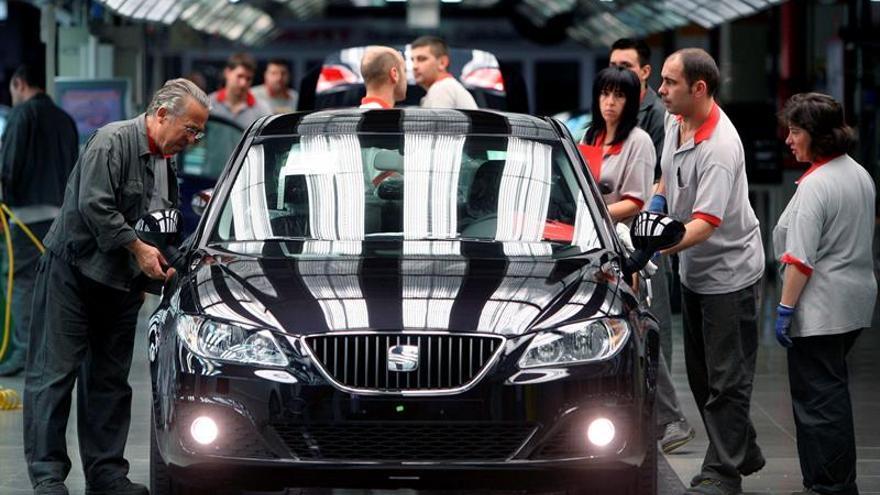 Seat dejará de producir 10.000 coches en Martorell por la falta de motores